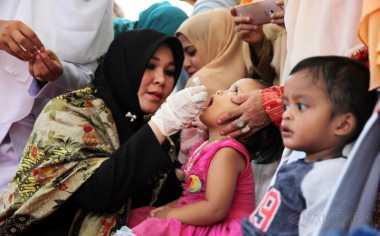 HARI POLIO SEDUNIA: Perbedaan Gejala Polio Lumpuh dan Tidak Lumpuh