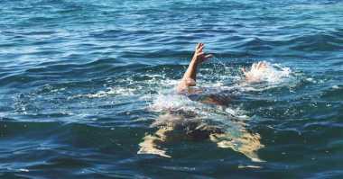 Dua Wisatawan Terseret Ombak di Pantai Drini