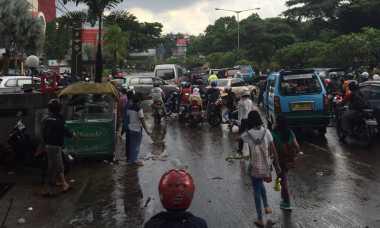 Banjir Surut, Jalan Pasteur Bandung Sudah Bisa Dilalui Kendaraan