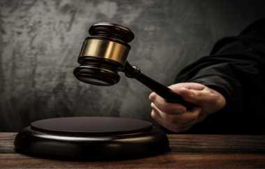 Hakim Robot, Dapatkah Dipercaya Buat Keputusan Penting?