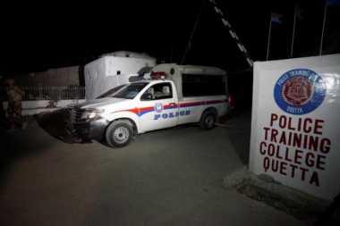 Pria Bersenjata Serang Kamp Pelatihan Polisi Pakistan