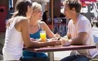 Hati-Hati, Teman Bisa Menjadi Penyebab Perceraian