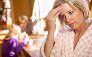 Moms, Kerap Diganggu si Kecil karena Suka Begadang? Ternyata Ini Penyebabnya