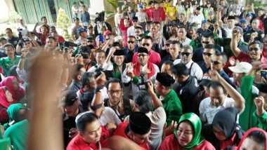 Adu Yel-Yel Warnai Pengambilan Nomor Urut Pilkada Banten