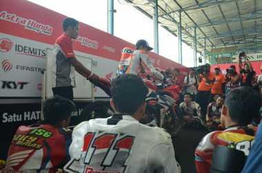 Marquez Berikan Coaching Clinic untuk Para Pembalap Muda Indonesia
