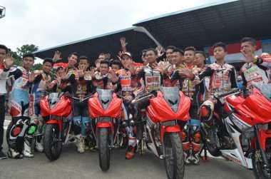 Marquez Mengaspal Bersama Para Pembalap Muda Indonesia di Sirkuit Sentul