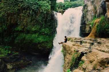 Bali Menyimpan Air Terjun yang Sangat Mempesona