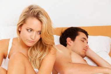 5 Tanda Wanita Mengalami Gangguan Seksual