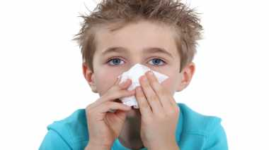 6 Cara Mudah Mengatasi Anak Mimisan