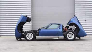 Lamborghini Miura Bekas Roker Rod Stewart Kembali Dilelang