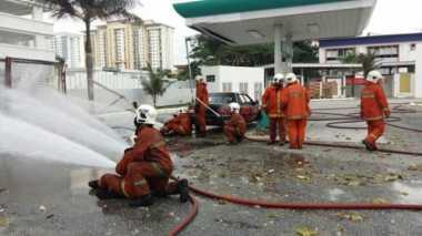 Usai Kebakaran, Pom Bensin Johor Bahru Meledak