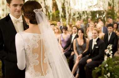 Berapa Harga Gaun dan Cincin Pernikahan Bella Swan?