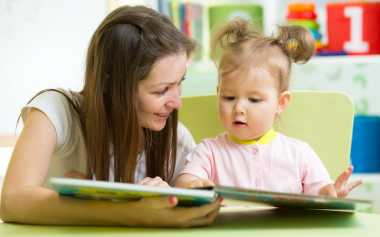 Anak Menjadi Santun jika Orangtua Mendongeng dengan Cara Ini