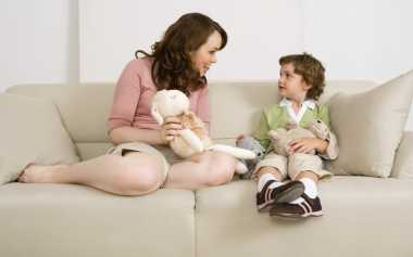 Moms, Lelah Menasihati Anak? Coba Cara Ini
