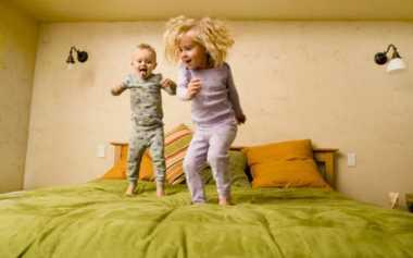 Si Kecil Sulit Tidur Malam Hari? Bisa Jadi karena Alasan Ini