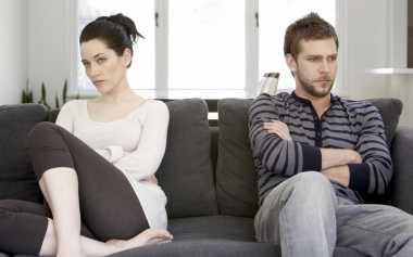 Suami-Istri LDR Berkonflik, Bereskan soal Ini Dulu!