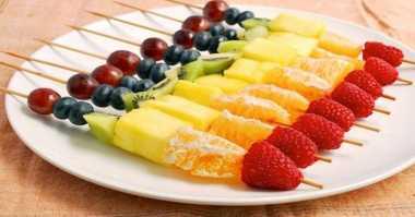 DIET MAYO DAY 10: Jangan Bosan Makan Buah, Dibikin ala Kebab Aja