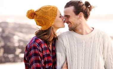6 Manfaat Ciuman bagi Pernikahan