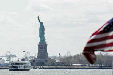 HISTORIPEDIA: Patung Liberty, Hadiah Persahabatan dari Prancis untuk Amerika