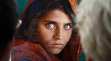 KTP Palsu, Ikon 'Gadis Afghanistan' Ditangkap di Pakistan