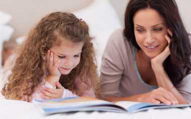 Moms, Hindari Mendongeng untuk Anak seperti Berceramah