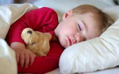 Moms, Ini Cara Ajak Anak Tidur Cepat Tanpa Protes
