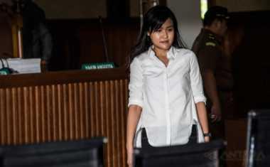 Jessica Lebih Rajin Beribadah Menjelang Vonis Majelis Hakim