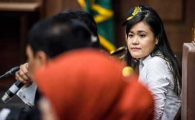 VONIS JESSICA: Jessica Tampak Tenang saat Majelis Hakim Bacakan Pertimbangan