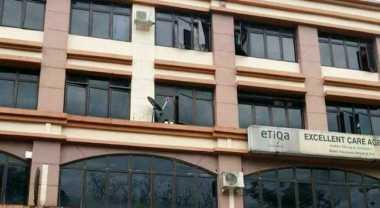Stres Ditinggal Suami, TKW Cantik Lompat dari Lantai 4 Gedung