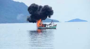 Polisi Usut Kasus Kapal Pengangkut BBM Terbakar di Dumai