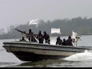 Awas! Perompak Bersenpi Intai Nelayan di Perairan Lampung