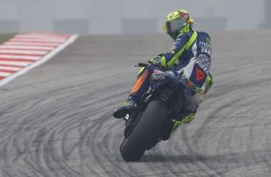 Rossi Galau Mengaspal di Sepang