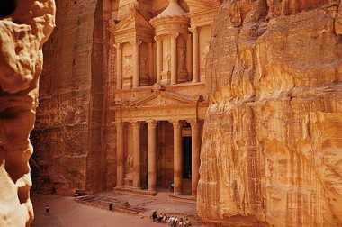 Liburan ke Yordania Dijamin Aman!