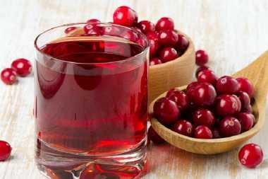 Jus Cranberry Lumpuhkan Bakteri Jahat di Organ Intim Wanita