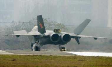 China Akan Pamerkan Jet Tempur Silumannya Pekan Depan