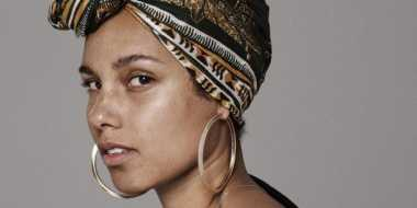 Mentimun, Rahasia Wajah Tanpa Make-Up Alicia Keys