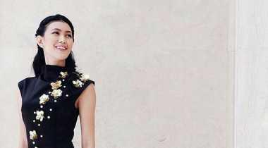 Natasha Mannuela, Merah Menggoda di Panggung Runway Jakarta Fashion Week 2017