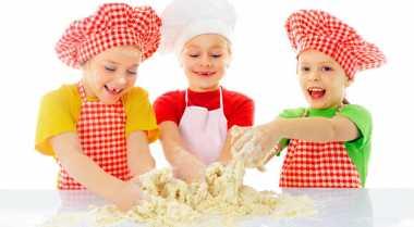 Intip Serunya Chef Marinka Masak Bersama Anak PAUD