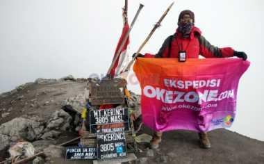 HARI SUMPAH PEMUDA: Tim Ekspedisi Okezone Gapai Puncak Indrapura Gunung Kerinci
