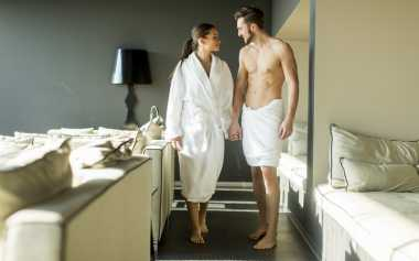 3 Jurus Bikin Pasangan Nikmat Pakai Gaya Bercinta di Lantai