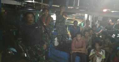 Cegah Bentrokan, TNI AL Kepri Amankan 4 Kapal Nelayan Palembang