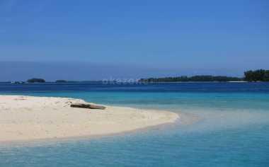 Asiknya Berkemah di Pulau Perak, Kepulauan Seribu