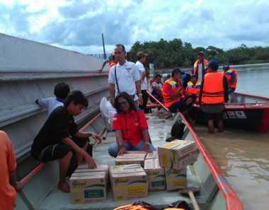 Rescue Perindo Bantu Korban Banjir di Bojonegoro