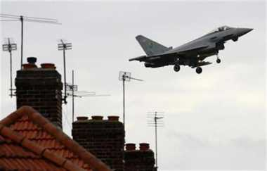 Inggris Akan Kirim Jet dan Kapal Induk ke Laut China Selatan