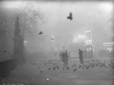 HISTORIPEDIA: Kabut Asap Telan Ribuan Nyawa di London