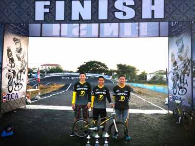 Tim United Bike Kencana Sapu Bersih Gelar Juara BMX International Thailand Open