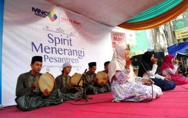 Gemerlap Cahaya, MNC Group dan Lotte Mart Terangi Pondok Pesantren di Jatim