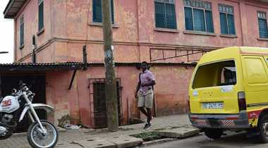 Otoritas Ghana Tutup Kedubes AS Palsu