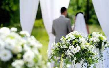 Impikan Pernikahan Outdoor? Perhatikan Hal Berikut Ini!