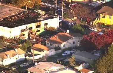 Gudang Seniman yang Terbakar di California Terkenal Bermasalah